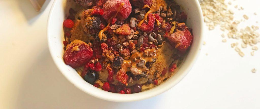 Gesunder Oatmeal Frühstückskuchen