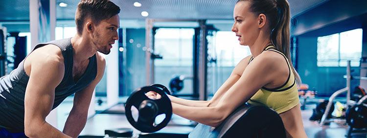 Wie wirst du der beste Fitnesstrainer?