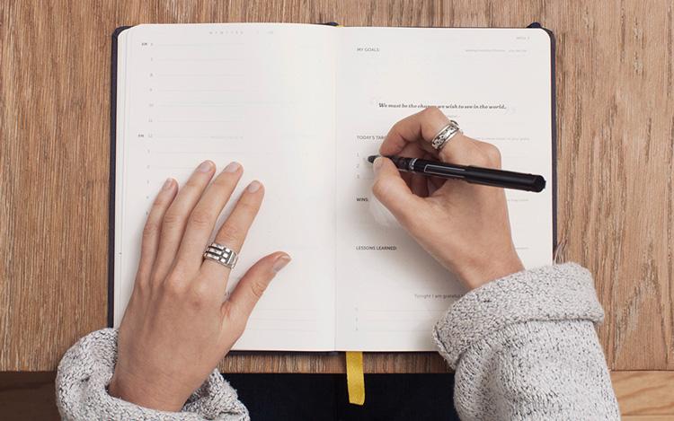 Journal Schreiben - Journaling als Teil der Morgenroutine
