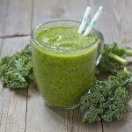 Grünkohl ist ein typisches Wintergemüse. Er enthält besonders viele Nährstoffe und hat beispielsweise einen sehr hohen Gehalt an Vitamin C.