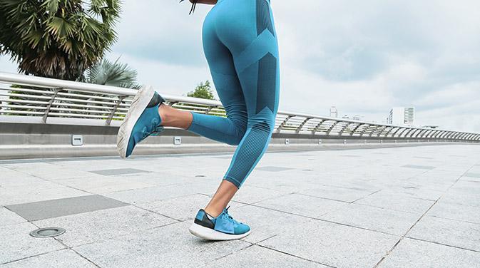 Joggen kann viele Vorteile für die Gesundheit haben.