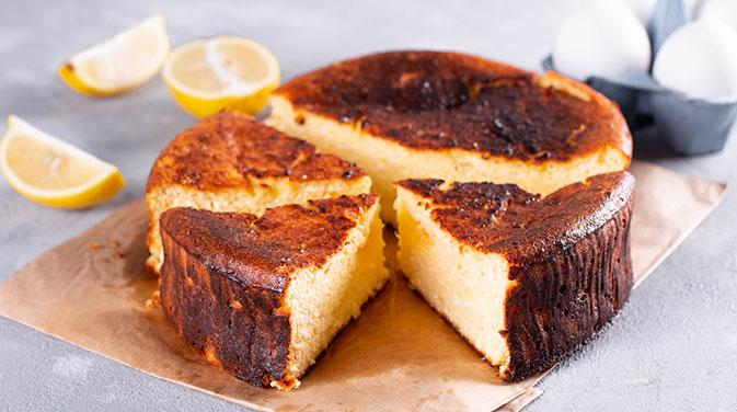 Genau so lecker, allerdings mit noch mehr Protein als der klassische Käsekuchen - unsere Protein-Käsekuchen!